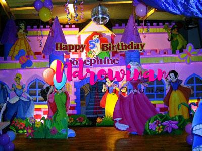 dekorasi backdrop styrofoam ulang tahun
