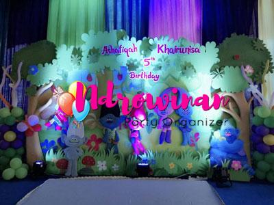 dekorasi styrofoam ulang tahun tema troll