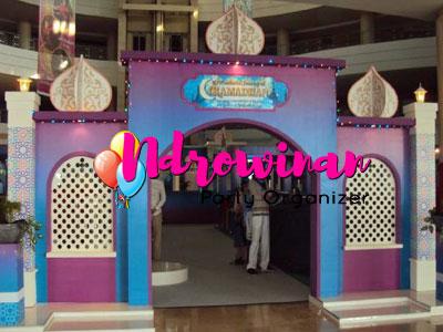 property dekorasi styrofoam ramadhan di mall