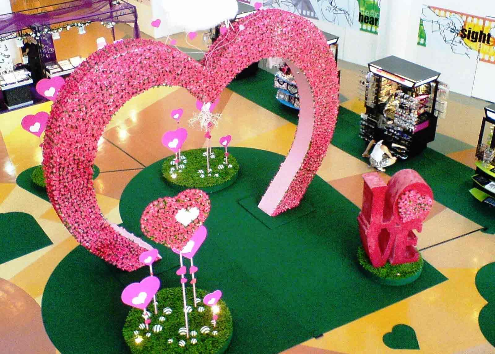 dekorasi mall tema valentine styrofoam