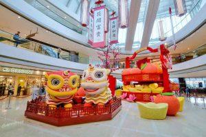 Dekorasi Imlek di Mall dan Kantor