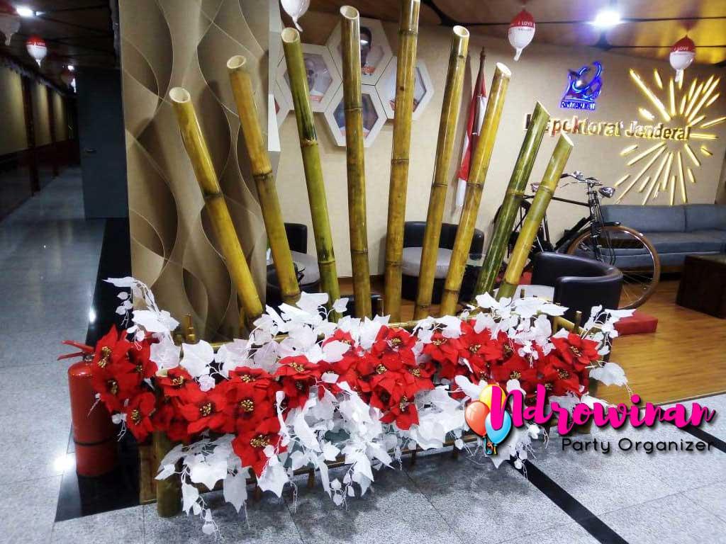 dekorasi 17 agustus di kantor kemendikbud