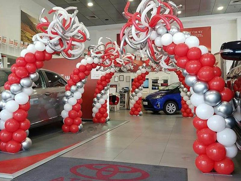 Contoh dekorasi dealer showroom mobil toyota