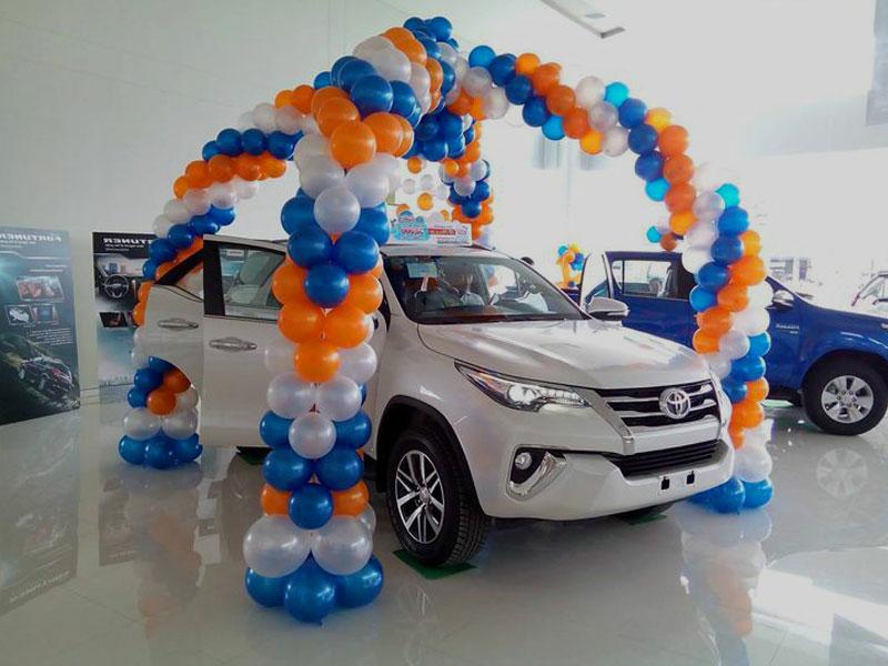 Promo Dekorasi Dealer Showroom Mobil Tema Custom